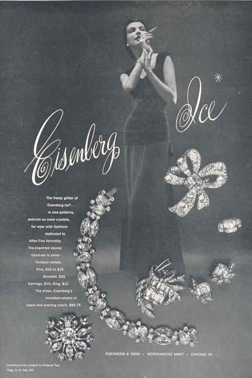 Una serie di gioielli Eisenberg Ice abbinati ad un abito degli anni '30
