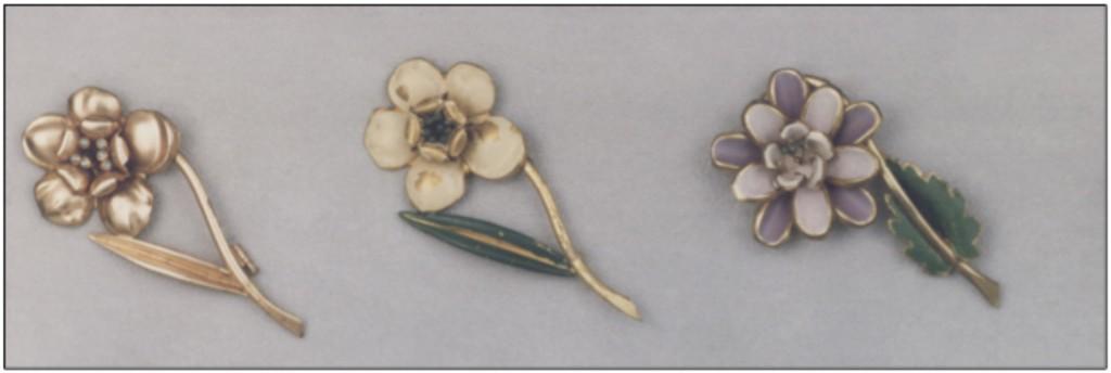 Spille a fiore esposte al Museo del Bijou di Casalmaggiore